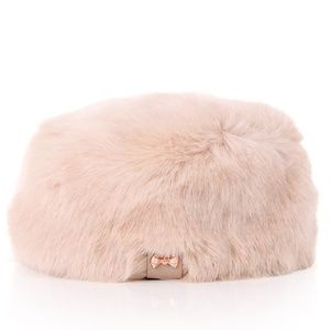 🍒NWT🍒 TED BAKER FAUX FUR HAT